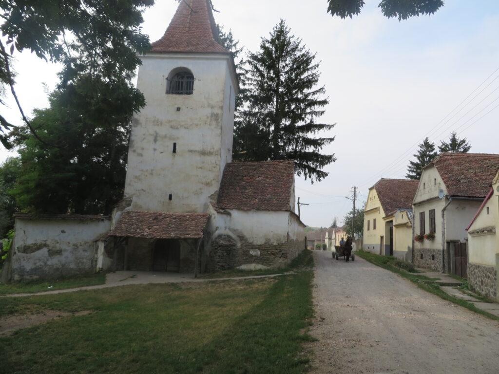 Kirchturm Straße Häuser